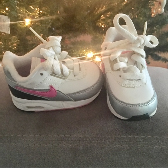 Nike Other - Baby Girl Nike Air Max EUC